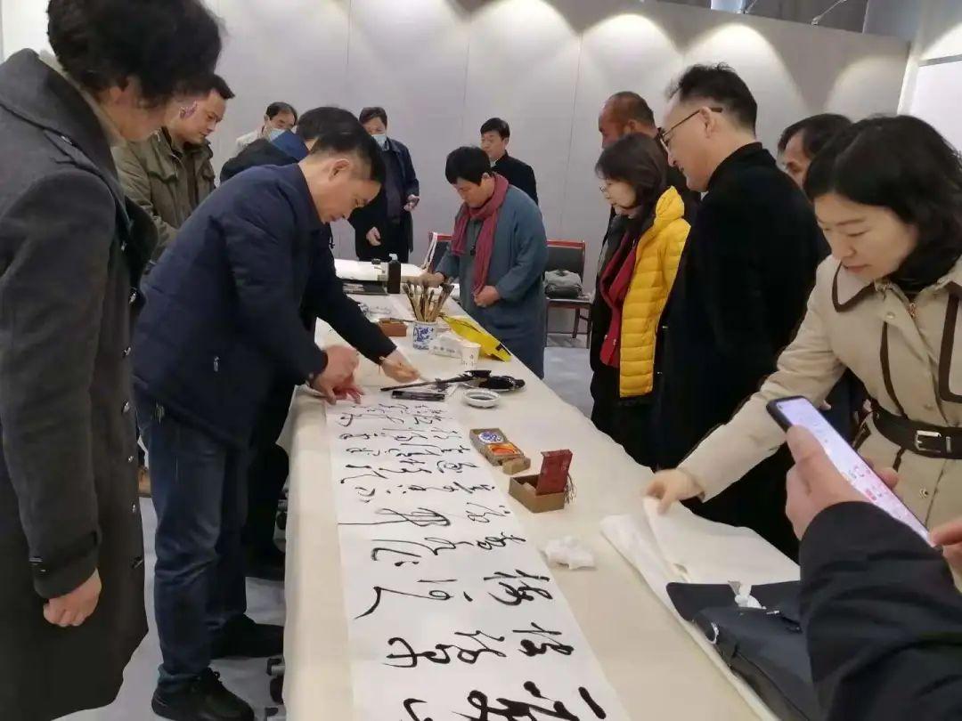 传承红色文化 携手共迎小康 苏皖两省六市书画展在蚌埠开幕(图8)
