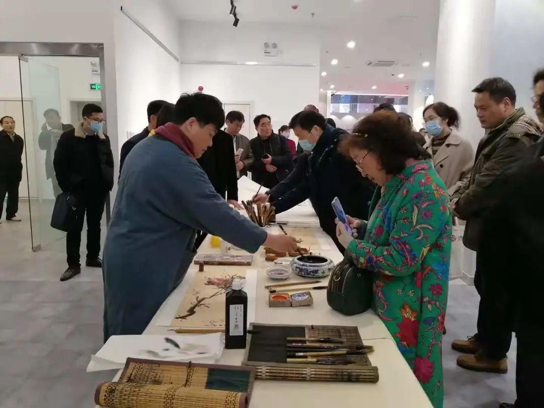 传承红色文化 携手共迎小康 苏皖两省六市书画展在蚌埠开幕(图7)